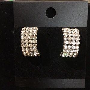 🌸3 earrings for $14🌸  NWOT